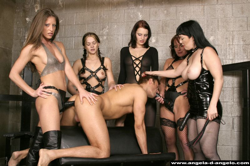 gang bang mature domina paris